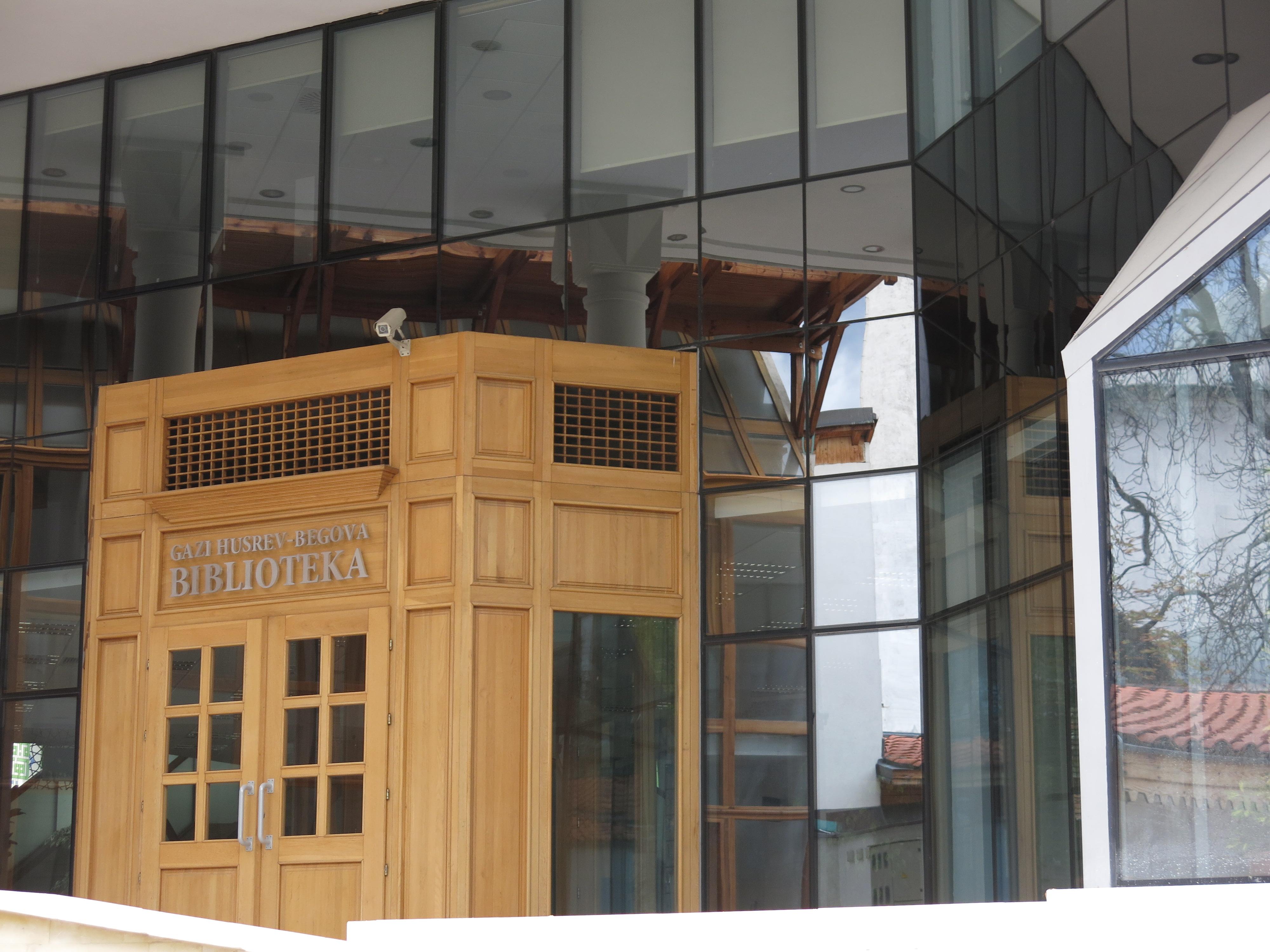 The entrance to Gazi Husrev Begova Library