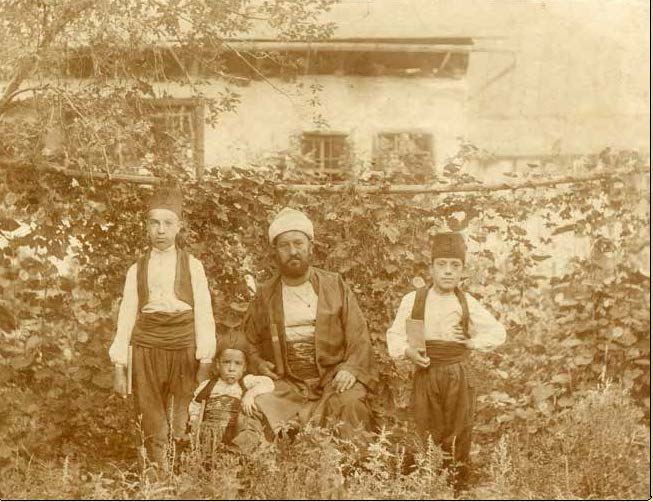 One of the many photographs from the library's collections
